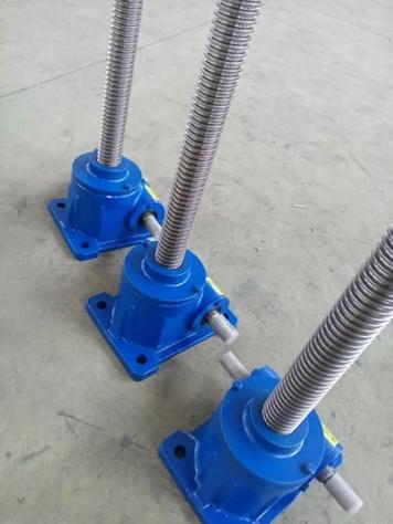 QWL2.5-120系列蜗轮丝杆升降机